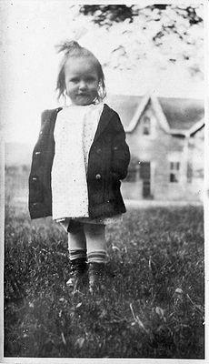 Emma Pauline Hamilton, c1914