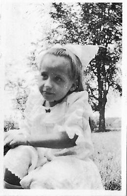 Lottie Sophia Hamilton, c1914
