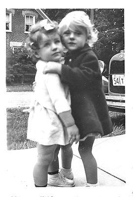 Carol Lynne and Patricia Ann Thomas, September 1941