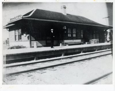 page 23 - Dunsford Train Station