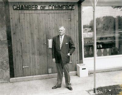 Chamber of Commerce, Lindsay