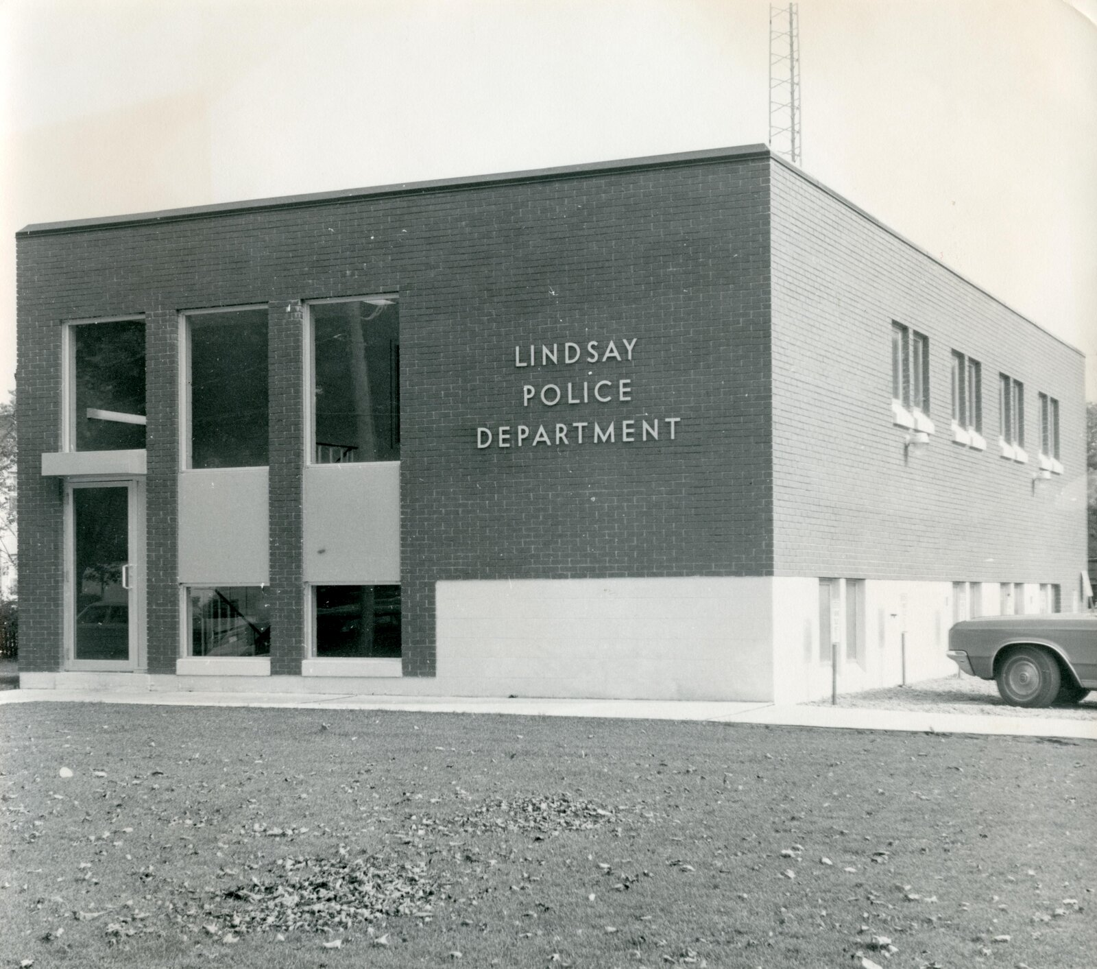 Police Department, Lindsay