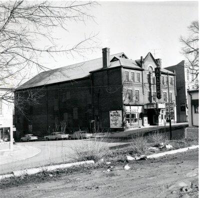 Academy Theatre, Lindsay