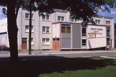 Lindsay Kiwanis Arena, Russell Street, Lindsay