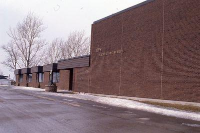 Jack Callaghan Public School, Highway 7, Lindsay