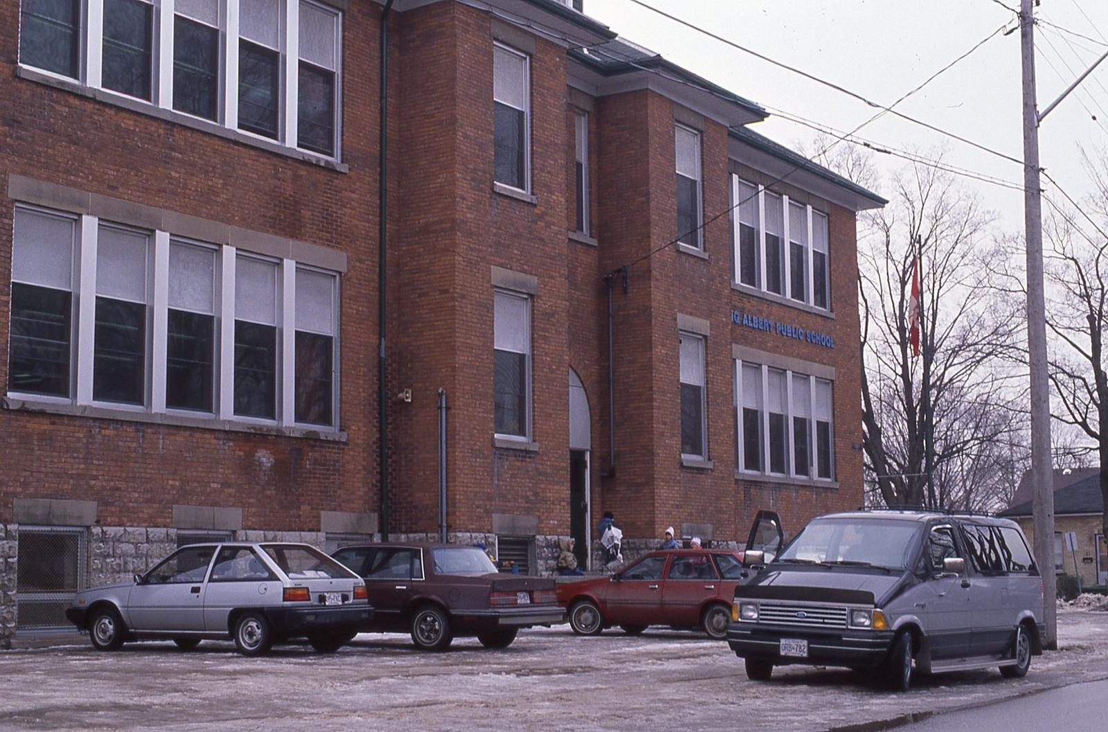 King Albert School, Russell Street, Lindsay