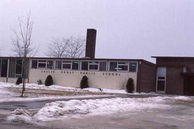 Leslie Frost Public School, Angeline Street South, Lindsay
