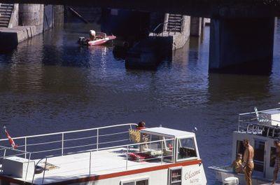 Houseboats at Lindsay locks