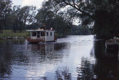 Houseboat on Scugog River