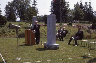 Royal Canadian Legion Branch 67 Memorial, unveiling ceremony, Riverside Cemetery