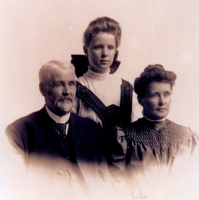 Reproduction photograph, George Isaiah Merriman, Kate Horte, and Annie Lavinia