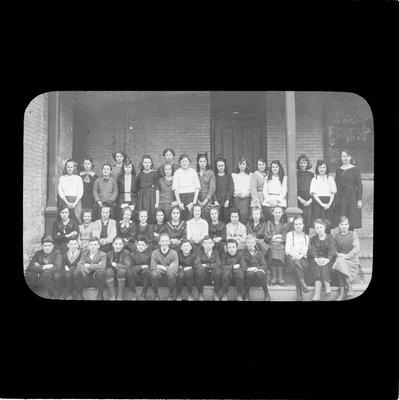 Class photo, 1920s?, Colborne