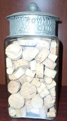 Roundtree Gums Decanter, Griffis Drug Store, Colborne, Cramahe Township