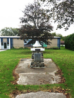 Military memorial cairn, Royal Canadian Legion, Captain Charles S. Rutherford VC, MC, MM Branch 187, Colborne, October 2017