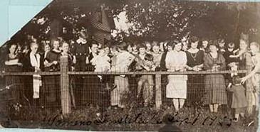 Photograph of Castleton Women's Institute members, 1925