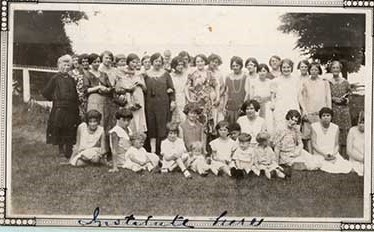 Photograph of Castleton Women's Institute members, 1930