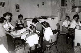 Photograph of Mrytle Ducie and Majorie Hillborn, 4-H Homemaker Leaders, Castleton and Morganston