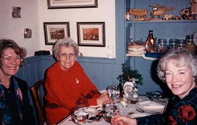 Photograph of Muriel White, Grace Ellis and Irene Osborne, Women's Institute Christmas Dinner, 1990