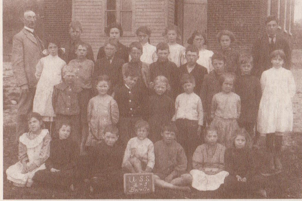 Photograph of Union School students, Cramahe Township