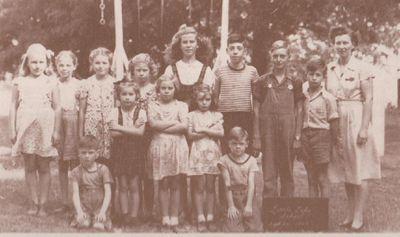Photograph of Sharon School students, Cramahe Township, 1946