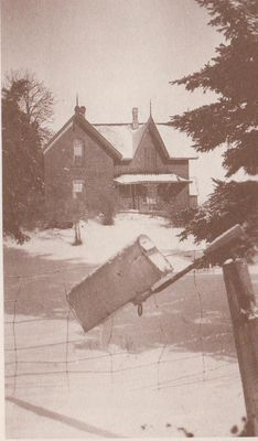 Photograph of the Walker home, Edville, ca. 1910