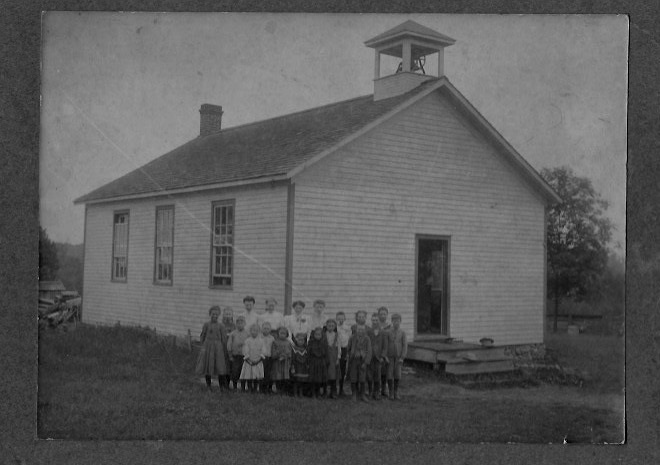 Photograph of S.S. 20 Rutherford's School, Cramahe Township