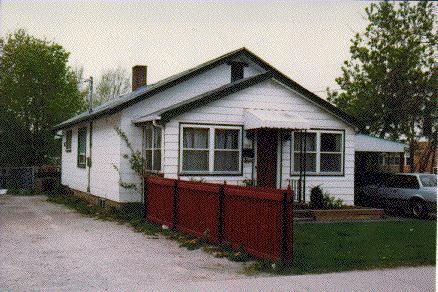 #102 Guelph Street 1990