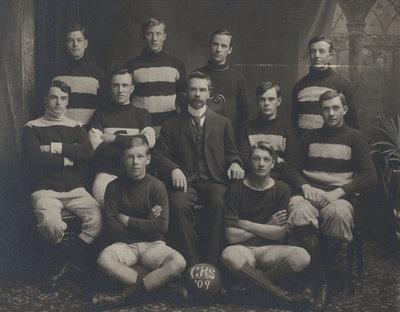 p198 - GHS Football Team (1909)