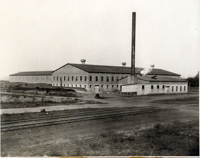 p18892 - Canada Coated Paper Mill (c1905)