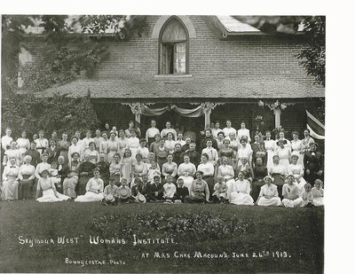 Seymour West WI Photo from 1913