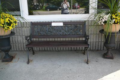 Country Manor Bench