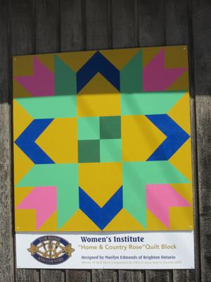 Home & Country Rose Barn Quilt