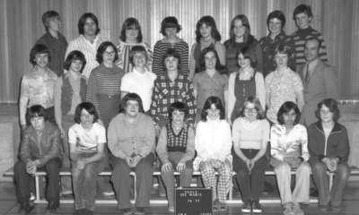 0126. École Ste-Marie, Field, ON, 1976-77 / Ste-Marie School, Field, ON – 1976-77