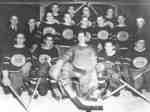 "Club de Hockey ""Les Aigles"" de Field, ON, 1948-49 / ""Field Eagles"" Hockey Club, Field, ON, 1948-49"