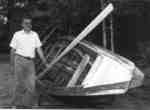 Garnet Green et sa barge de drave / Garnet Green and his pointer boat