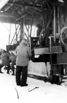 Lifting the Boom (1940's)