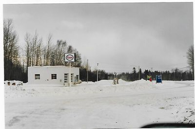 Fred's Esso Station