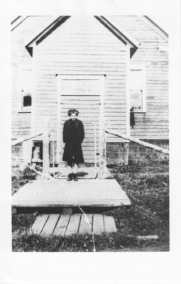 Norma Seppala in front of the old Nolalu school