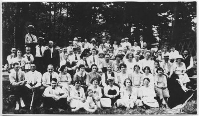 City Hall Picnic at Grimsby Beach 1923