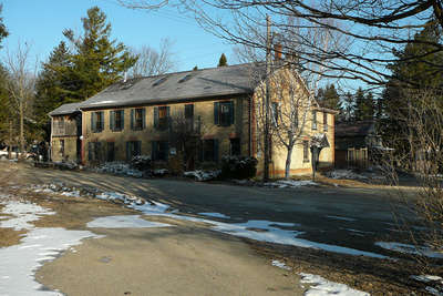 Commercial Hotel, Priceville
