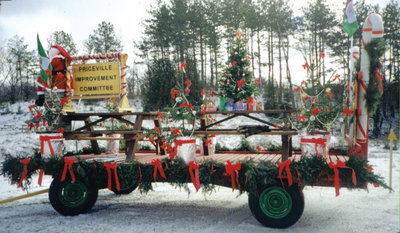 First Prize Float in Priceville Santa Claus Parade--side view