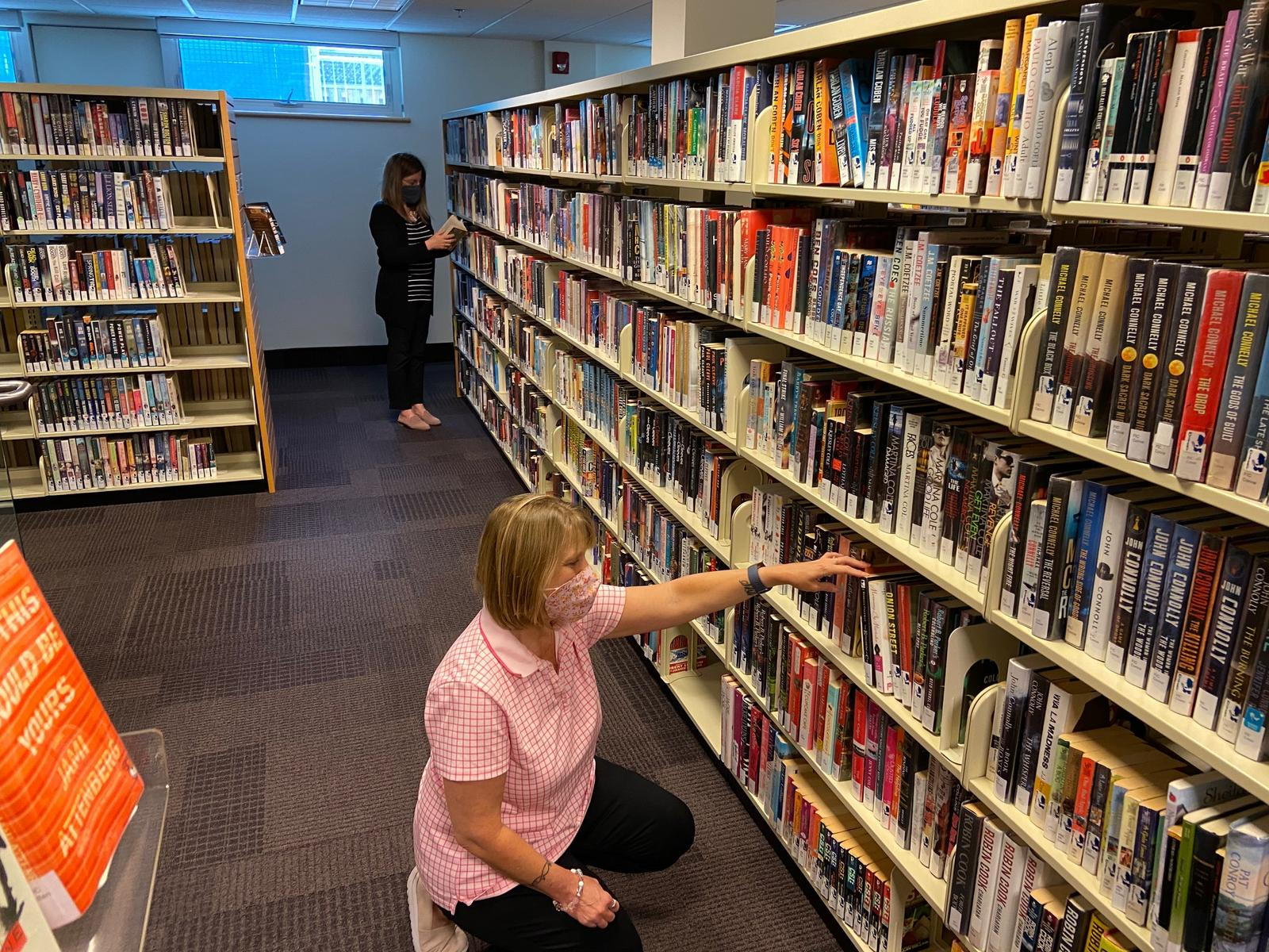 Browsing the collection at HHPL