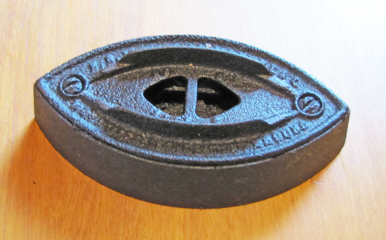Sad Iron (no handle), Circa 1930