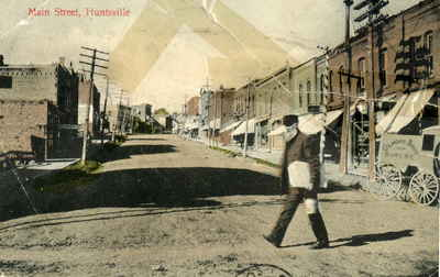 Main Street, Huntsville, Ontario, looking west, before 1907.