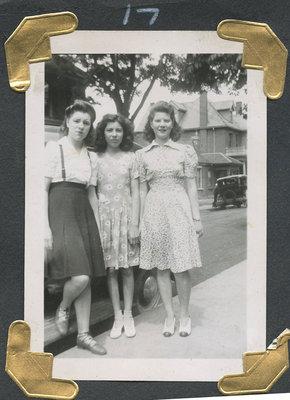 Lorene (Centre), Evelyn (Right), ? (Left)