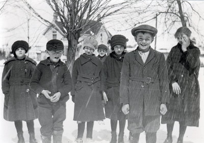 Erbsville school children
