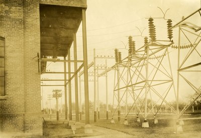 Hydroelectric transformer station