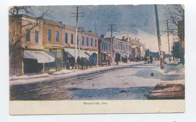 Postcard of King St. Beamsville