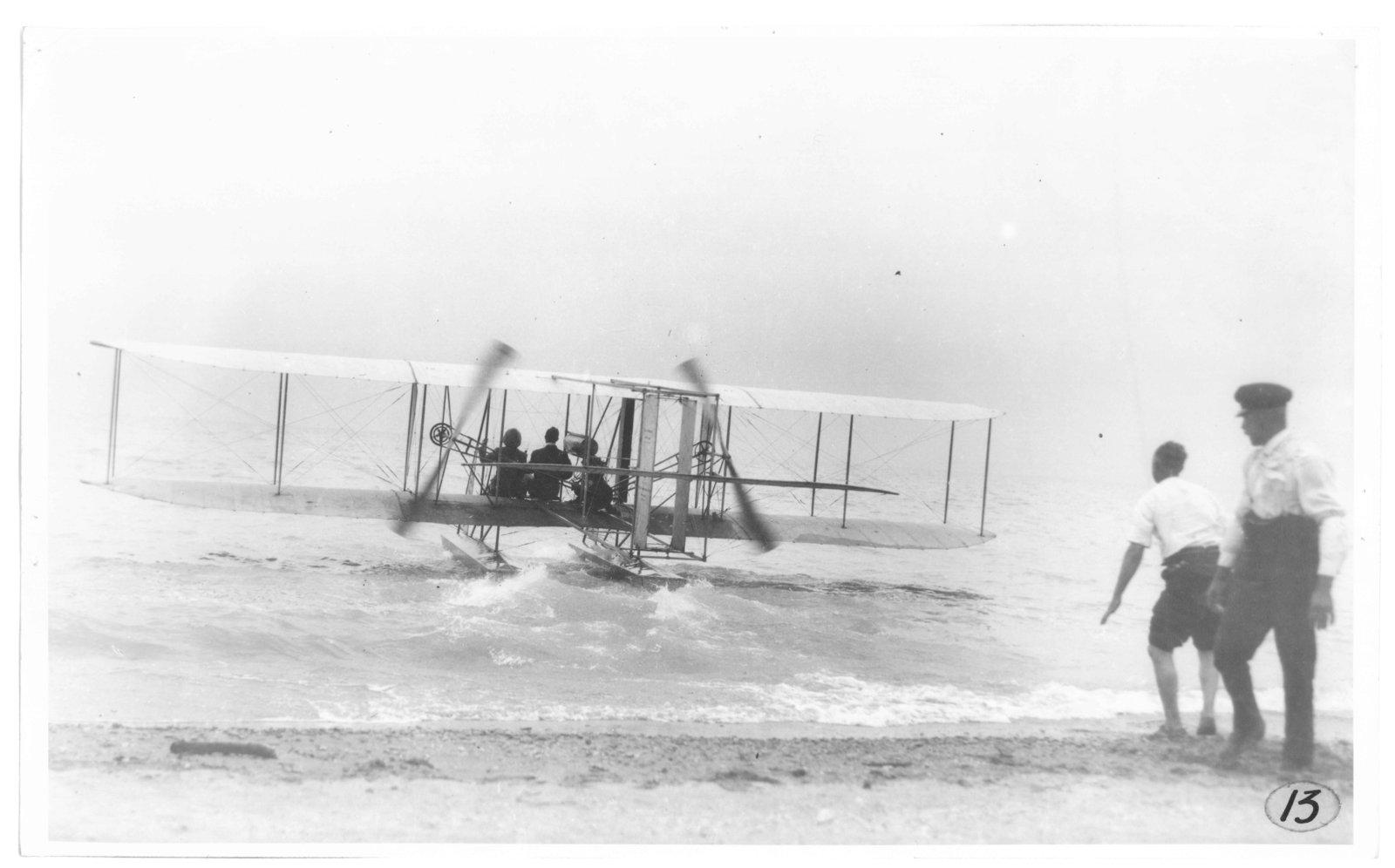 Miss Dora Labatt's flight with pilot Walter Brookins, July 20, 1912. <br>Courtesy the London Public Library.