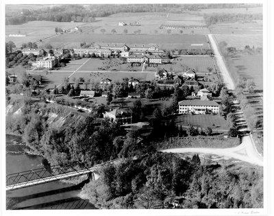 Aerial Photograph of the Queen Alexandra Sanatorium, London, Ontairo